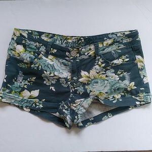 Vanilla Star Distressed Floral Jean Shorts Sz 11 J